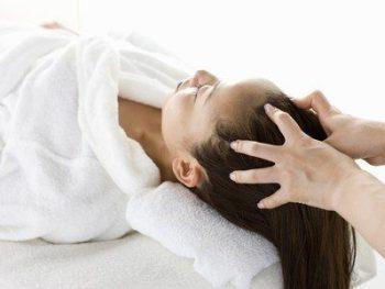 Massage indien de la tête, du dos et des pieds de 75 mn