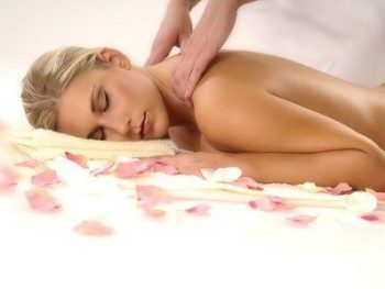 Massage Californien de 60 mn, aux huiles